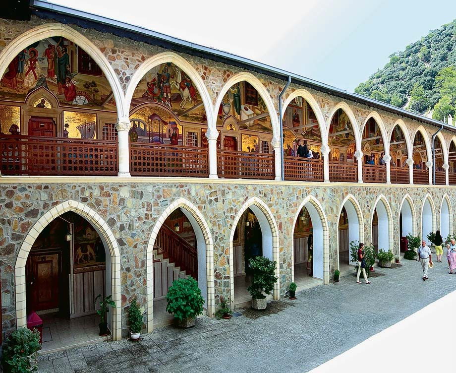 Аркадная галерея. Верхний двор Киккского монастыря