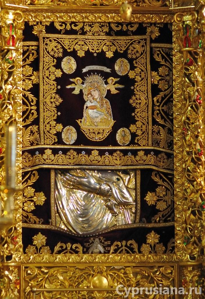 Киккская икона (оригинал) на Кипре в монастыре