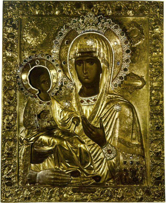 Монастырь Хиландар. Икона Божией Матери Троеручица.