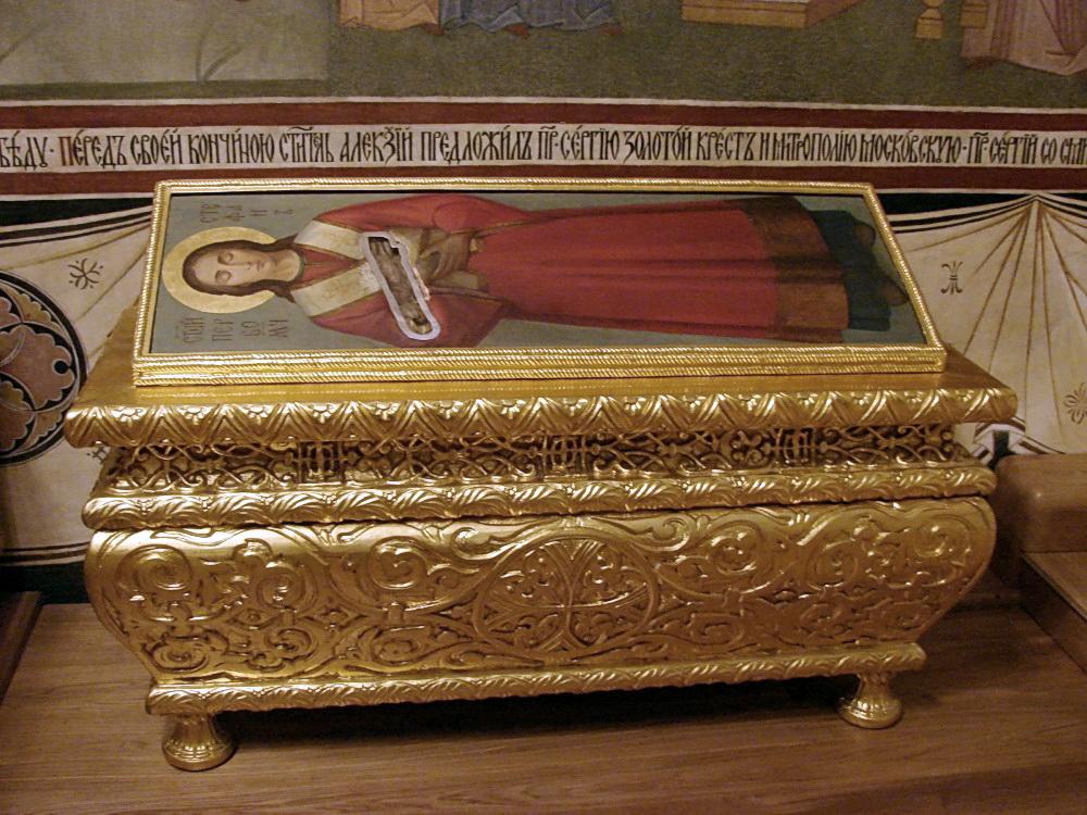 Десница первомученика в Серапионовой палате Троице-Сергиевой Лавры
